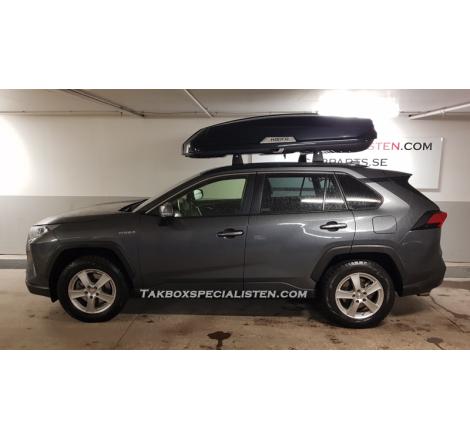 Takbox Hapro Trivor 640 Svart metallic på Toyota Land Cruiser